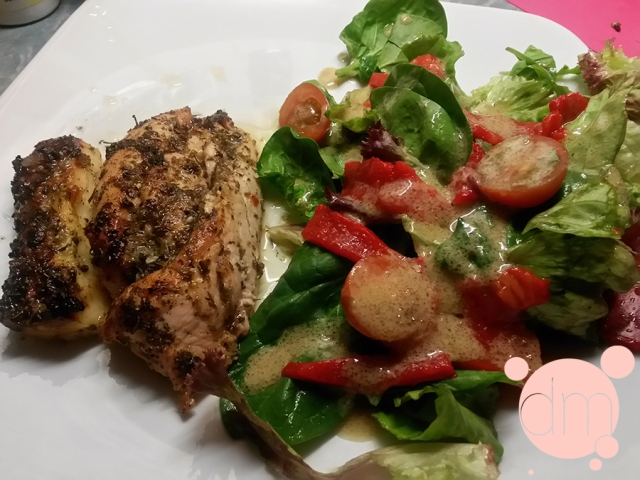 Chicken-with-lemon-and-halloumi